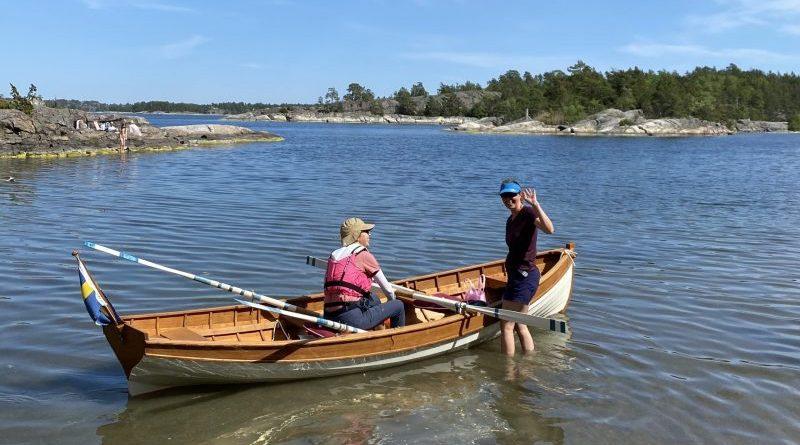 Hon rodde båten i land